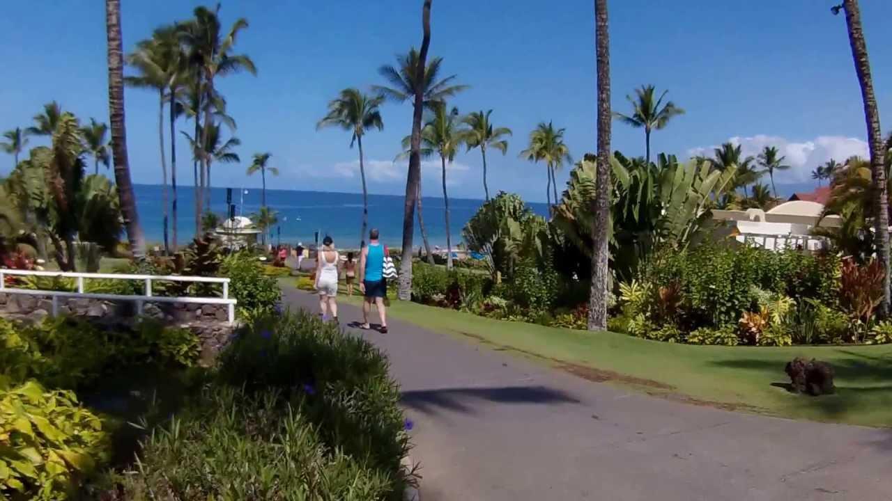 Fairmont Maui Walking To The Beach