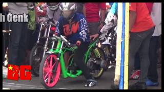 Top Kompilasi Joki CEWEK Drag Bike Indonesia 2015 HD
