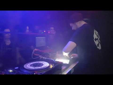 Van Der Wiese @ TBA Dresden (Acid City Party 2019-02-18)