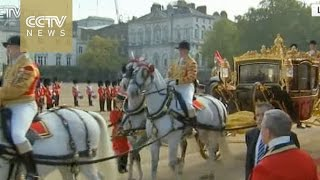 president xi jinping and the queen in procession to buckingham palace