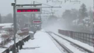 High Speed Amtrak Trains in the Snow! Mansfield MA!