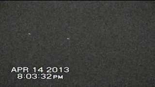 "FORMACION PARALELA UFO 14,4,2013, 20:01 ARG "" 07:MIN REC"
