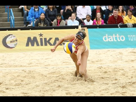 Double save from Kerri Walsh & April Ross!