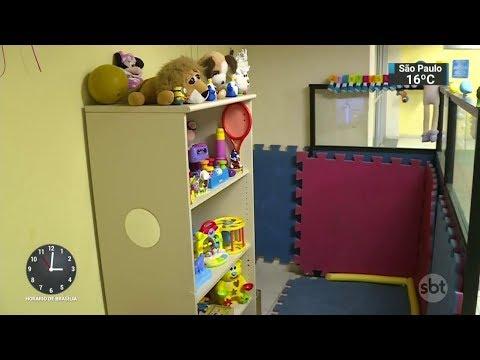 RJ: Delegacia cria brinquedoteca para atender famílias com crianças | SBT Notícias (31/10/17)