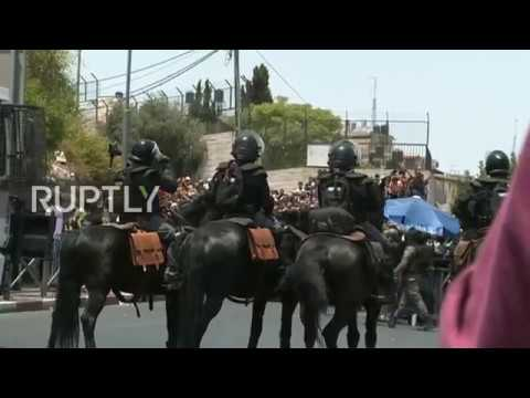 East Jerusalem: Palestinians clash with mounted Israeli police over Temple Mount security