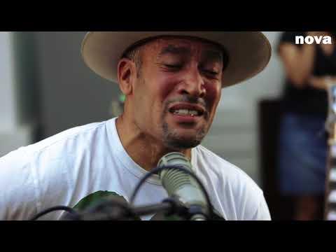 Ben Harper - Jah Work   Live Plus Près De Toi