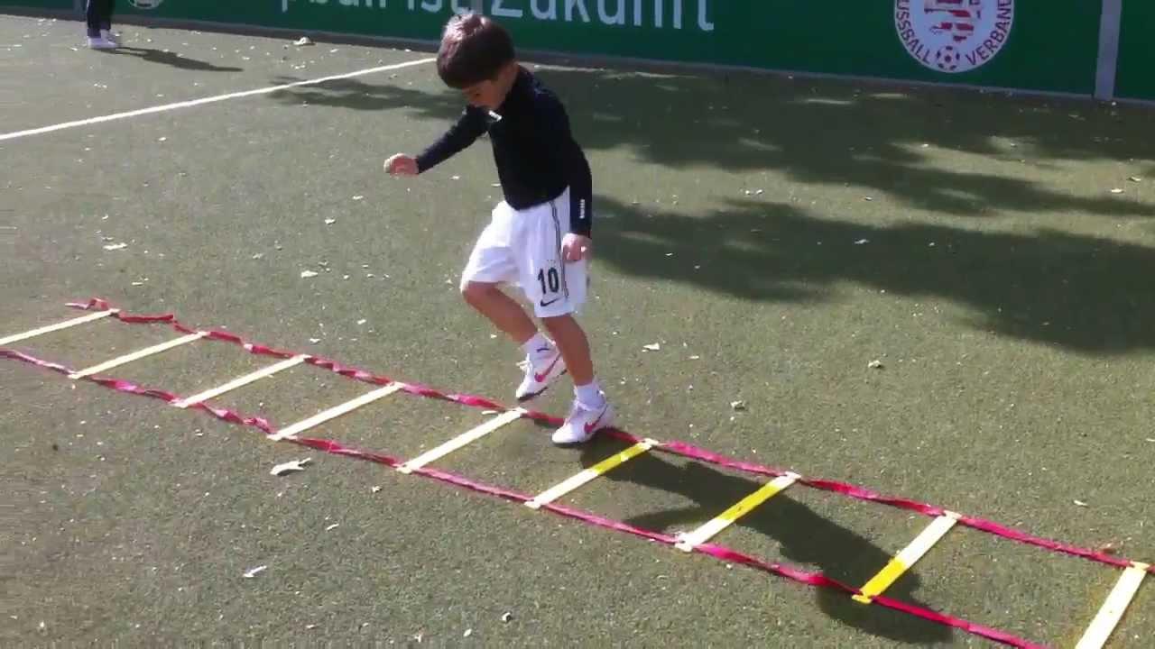 Bambini Training - YouTube