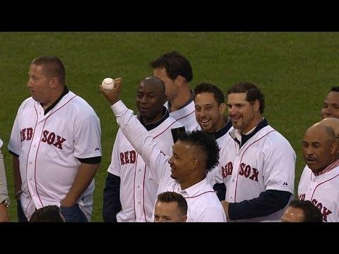 Damon intercepts Ramirez's first pitch