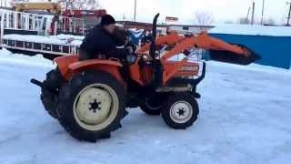 Японский мини трактор kubota L2202DT - kotamoto.ru - японские трактора и шины.(kotamoto.ru - предлагаем вам видео тестирование мини трактора kubota L2202DT- превосходное решение проблемы для дачи..., 2015-01-12T06:20:32.000Z)