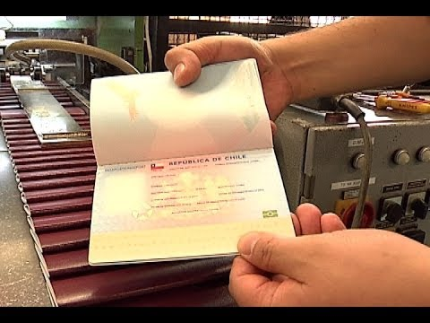 Chilenos ya no necesitarán Visa para viajar a Estados Unidos tras acuerdo de programa Visa Waiver