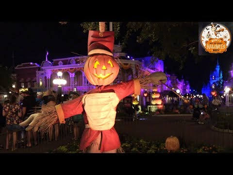 Mickey's Not-So-Scary Halloween Party 2018 Main Street Decorations & Lighting After Dark Tour