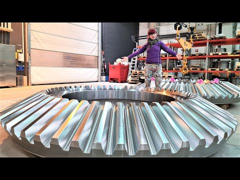 Machining HUGE 10 Ton Bevel Gear With CNC Milling Machine