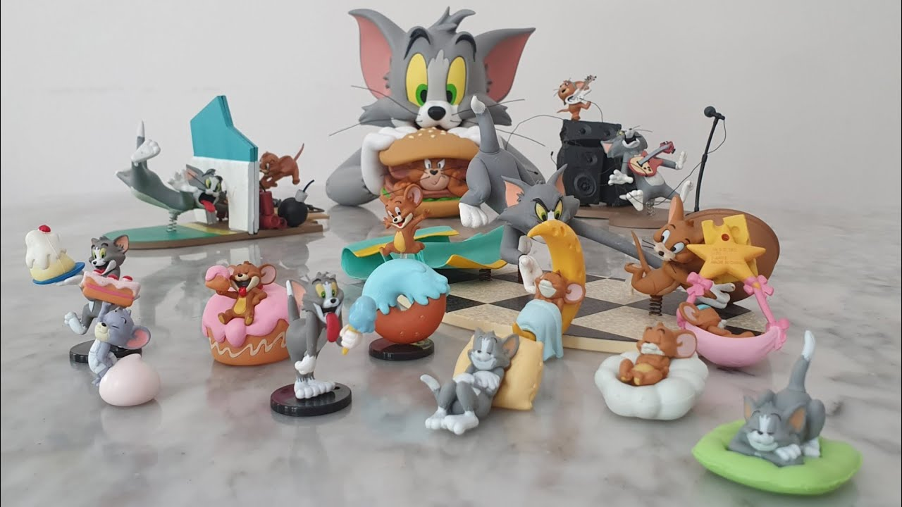 Tom and Jerry Gashapon unboxing