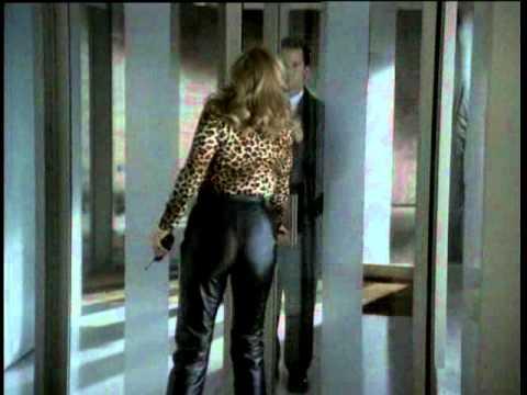 kathleen turner leather pants.avi
