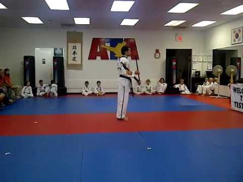 ATA- 4th Degree Black Belt Sam Dan Bong Form - YouTube