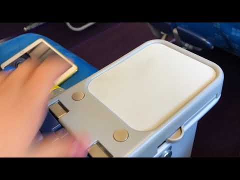 China Southern Airlines CZ320 premium economy class review P