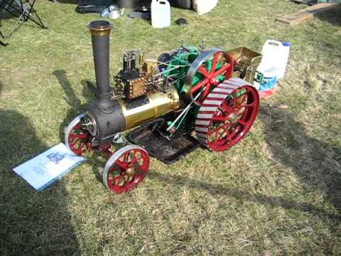 Model Steam Road Locomotive seen at Malvern Autumn Show 2009