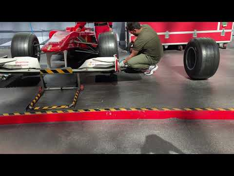 Ferrari World Abu Dhabi, 🇦🇪 fixing Ferrari