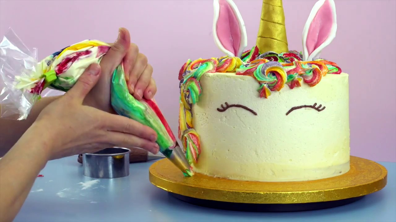 How do you make a unicorn birthday cake