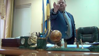 Секретный кабинет начальника ГАИ Закарпатья.(Поддержи развитие канала,не блокируй рекламу., 2015-01-31T19:44:40.000Z)