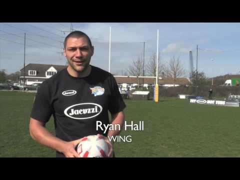 Jacuzzi® Crossbar Challenge With The Leeds Rhinos