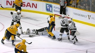 Calvin Petersen sprawls out for spectacular blocker save on Johansen
