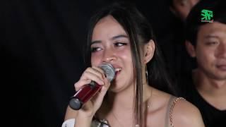 MEMORI BERKASIH ~ Cover By XENA XENITA & PETHAK ft Om Mbalelos [kroncong koplo] [dangdut akustik].mp3