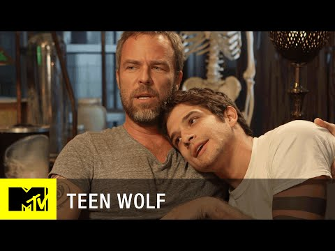 Teen Wolf (Season 5) | Tyler Posey Crashes JR Bourne's Interview | MTV