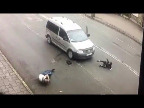 У Коломиї на пішохідному переході збили двох людей