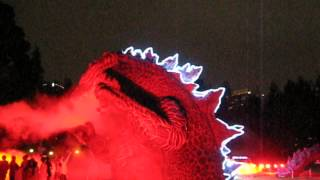 東京ミッドタウンにゴジラ現る!