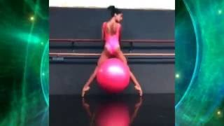 Twerk на розовом шарике