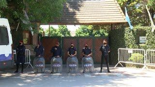Continúa el operativo policial en el cementerio de Bellavista