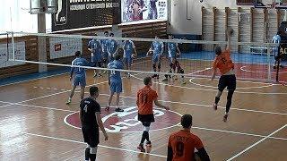 Студенческая волейбольная лига. Нападающий удар. Команды  ИГХТУ  Иваново и ДГУ Махачкала