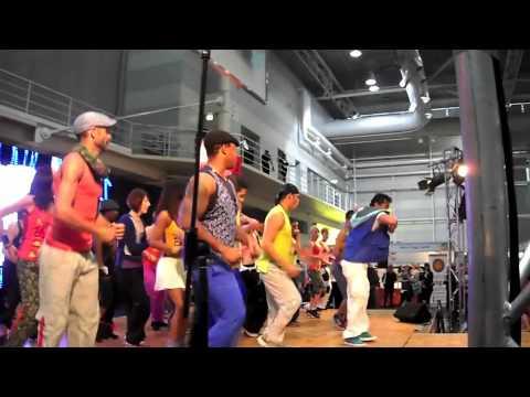 BETO ZUMBA FITNESS @ Fitness Expo Sydney Australia 2011
