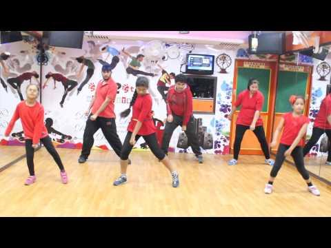 Shake That Booty  Mika Singh  Sunny Leone Dance choreography By Step2Step Dance Studio