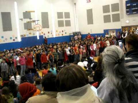 first grade singing prairie oak school berwyn il.AVI