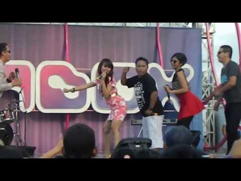 Lina Lady Geboy - Jarang Pulang At INBOX SCTV  24 April 2013