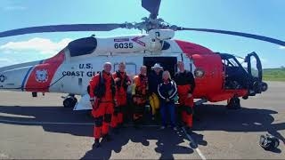 Coast Guard rescues couple from sailboat