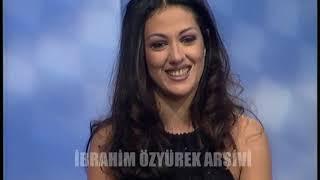 Meltem Cumbul, Hülya Avşar'da Neşe Karaböcek taklidi yapıyor 1997