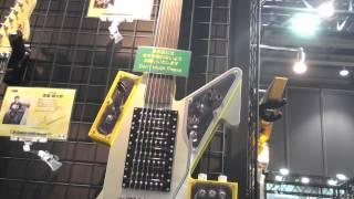 G-CAT guitar 2014 Tokyo Show -esp
