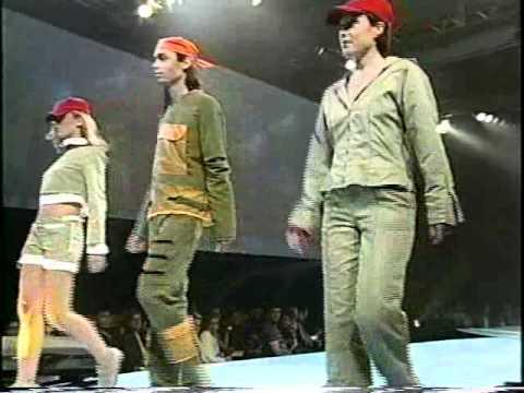 Défilé de Mode - Signature 2001 Fashion Show -- Collège LaSalle Montréal