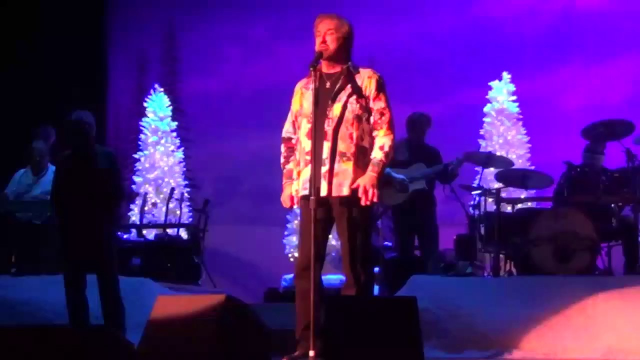 Oak Ridge Boys Christmas Love Song - YouTube
