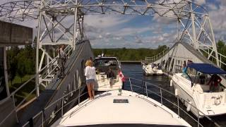 Sit Back Sunday - GoPro Boat Cruise Kirkfield Liftlock Ride in and Down