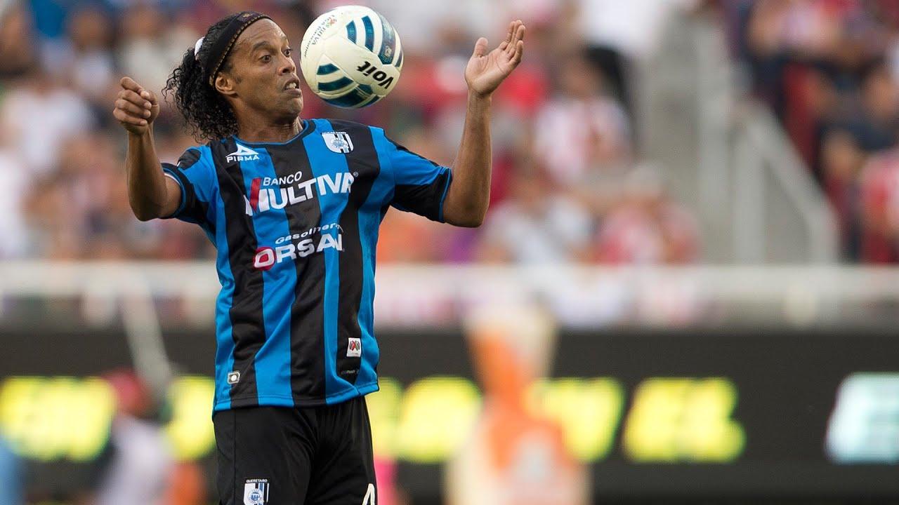 La magia de Ronaldinho acabó con Chivas - YouTube