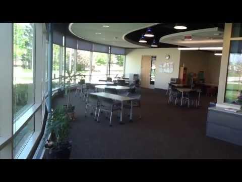 Building K at Elgin Community College