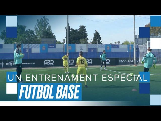 Entrenament de Diego López als porters del futbol base