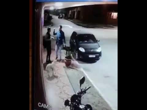 LO INTENTÓ ASALTAR