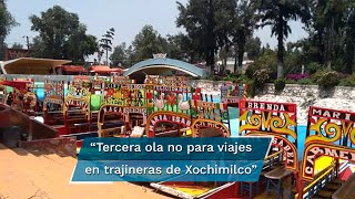 Aun con variante Delta dominando en territorio mexicano, turistas acuden a trajineras de Xochimilco
