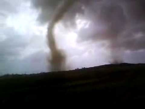 California Tornado Caught on Video (Tornado