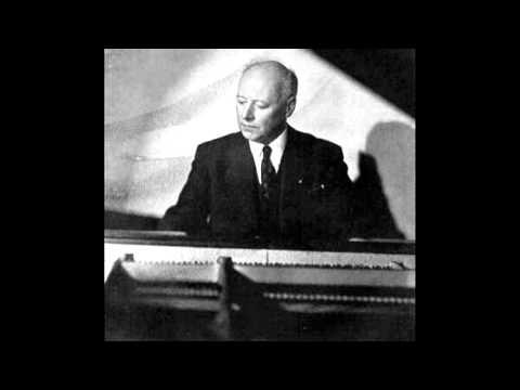 Egon Petri plays Bach-Busoni Chaconne in D minor BWV 1004